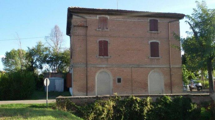 Foto 3 di Appartamento via Castel Leone, San Cesario Sul Panaro
