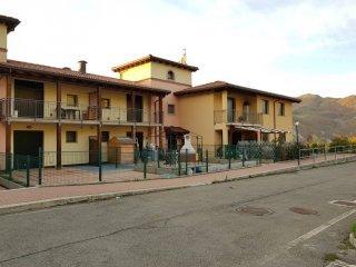 Foto 1 di Trilocale via Casella 47, Grizzana Morandi