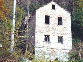 Foto 1 di Rustico / Casale strada Statale 631, frazione Lunecco,  Cavaglio-Spoccia