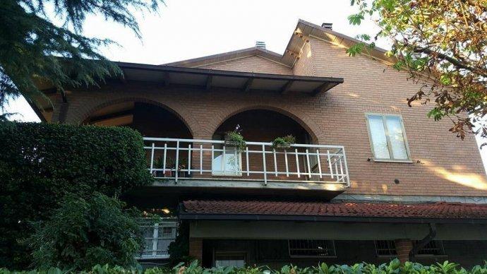 Foto 4 di Villa via Vignolese, Spilamberto