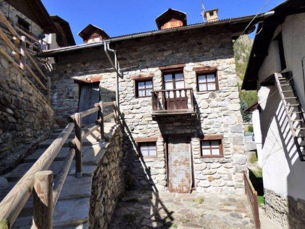 Bagni di Vinadio, casa con due alloggi indipendenti Vinadio ...