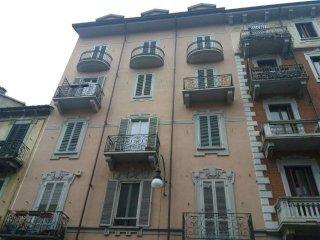Foto 1 di Appartamento via Perosa 64, Torino (zona Cenisia, San Paolo)