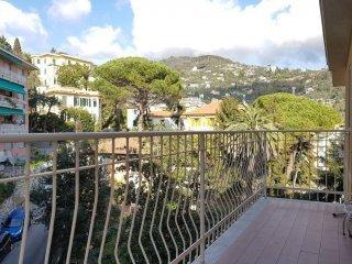 Foto 1 di Trilocale via Privata Aschieri 1A, Rapallo