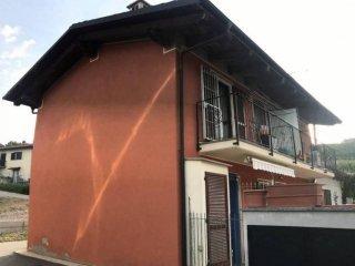 Foto 1 di Villa Località Vignano 15, Monteu Roero