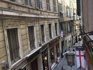 Foto 1 di Bilocale via Luccoli, Genova (zona Centro, Centro Storico)