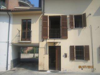 Foto 1 di Trilocale Via Gabotto, Asti