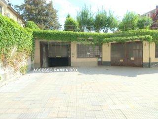 Foto 1 di Box / Garage via MICHELANGELO 12 B, Torino (zona Valentino, Italia 61, Nizza Millefonti)