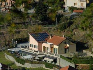 Foto 1 di Villa via Senatore Ricci, frazione Bargonasco, Casarza Ligure