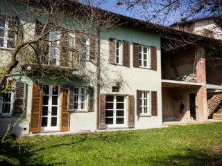 Foto 1 di Casa indipendente via Asti 4, frazione Colcavagno, Montiglio Monferrato