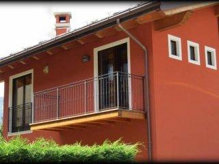 Foto 1 di Villa Località Chenière, Pollein