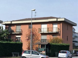 Foto 1 di Quadrilocale via Cesare Battisti, Caramagna Piemonte