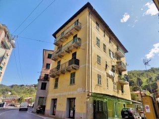 Foto 1 di Bilocale via Natale Gallino, Genova (zona Pontedecimo)