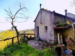 Foto 1 di Rustico / Casale via Nostra Signora dell'Orto, frazione Livellato, Ceranesi