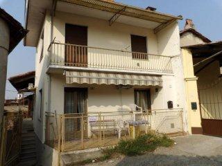 Foto 1 di Casa indipendente Albiano D'ivrea