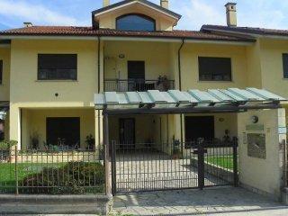 Foto 1 di Quadrilocale Frazione Ceretto, frazione Ceretto, Costigliole Saluzzo