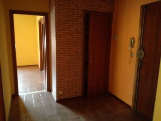 Foto 1 di Trilocale Castelnuovo Belbo