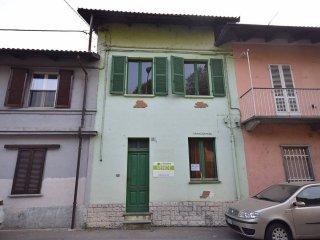 Foto 1 di Rustico via G. C. Pignatelli, Villafranca Piemonte