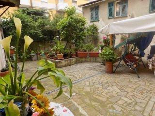 Foto 1 di Quadrilocale via Pasubio, Genova (zona Bolzaneto)
