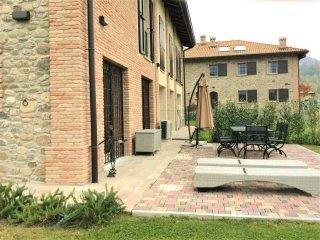 Foto 1 di Rustico / Casale via Moglio, frazione Borgonuovo, Sasso Marconi