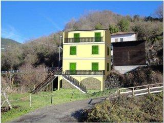 Foto 1 di Rustico / Casale via Giovanni Pezzolo 49, San Colombano Certenoli