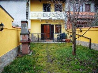Foto 1 di Casa indipendente vicolo Cerutti, San Giusto Canavese