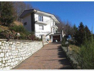 Foto 1 di Villa via Pian di Sole, Premeno