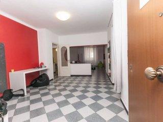 Foto 1 di Appartamento piazza Fossatello, Genova (zona Centro, Centro Storico)