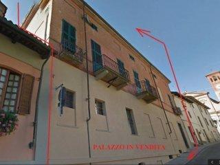 Foto 1 di Palazzo / Stabile via Roma, Tigliole