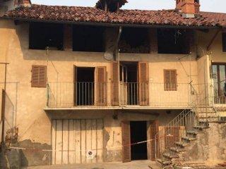 Foto 1 di Rustico / Casale via Vittorio Emanuele II, Giaveno