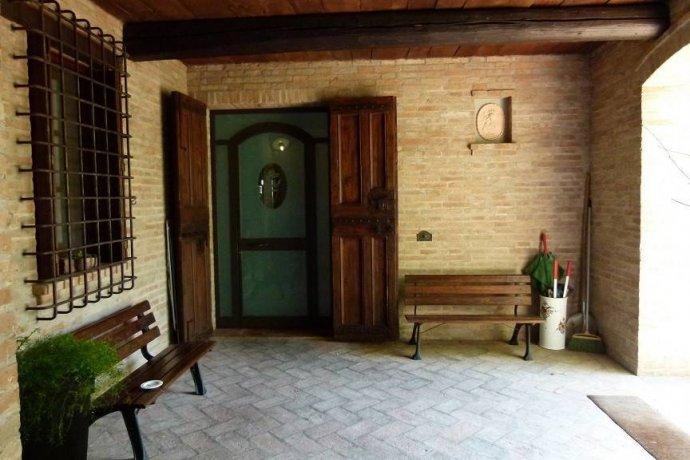 Foto 5 di Villa via Goccianello, Imola