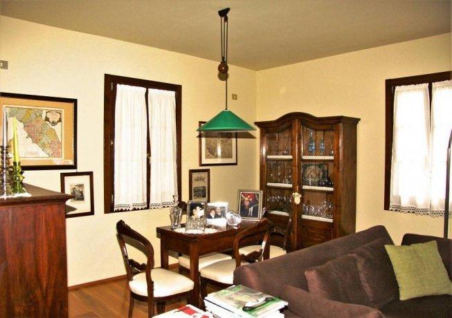 Foto 8 di Villa via Goccianello, Imola