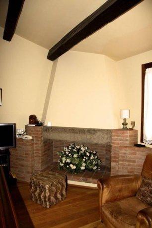 Foto 11 di Villa via Goccianello, Imola
