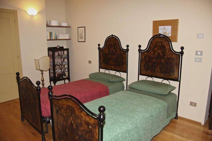 Foto 13 di Villa via Goccianello, Imola