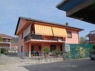 Foto 1 di Villa via Don Orione, Bra
