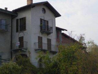 Foto 1 di Trilocale via San Francesco d'Assisi, Costigliole Saluzzo
