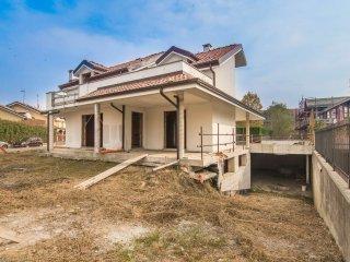 Foto 1 di Casa indipendente via SCIASCIA 10, La Loggia