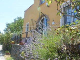 Foto 1 di Villetta a schiera via Lanrosso Superiore, 10, frazione Montagna, Quiliano