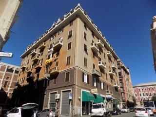 Foto 1 di Quadrilocale via San Giovanni d'Acri, Genova (zona Cornigliano)
