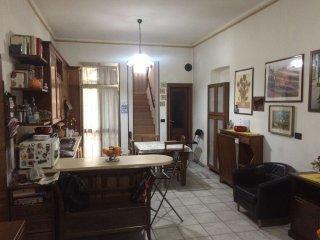 Foto 1 di Casa indipendente via genola 9 bis, Torino (zona Cenisia, San Paolo)