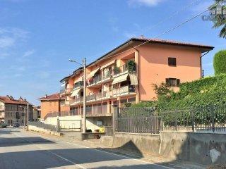 Foto 1 di Trilocale strada per Ivrea 9, Castellamonte