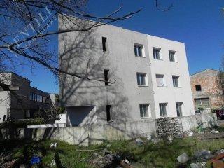 Foto 1 di Palazzo / Stabile via Zanardi, Bologna (zona Lame)