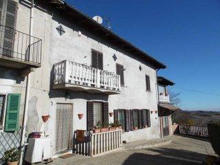 Foto 1 di Villa via Mameli, Grazzano Badoglio