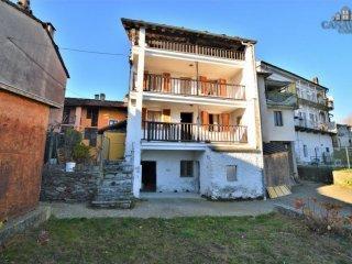 Foto 1 di Casa indipendente via Giovanni Croce, Castelnuovo Nigra