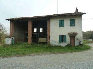 Foto 1 di Rustico / Casale Strada della Rezza, Chieri