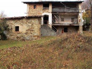 Foto 1 di Rustico / Casale via Zerbini, Castelnuovo Nigra