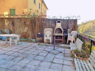Foto 1 di Appartamento via Monfenera, Genova (zona Bolzaneto)