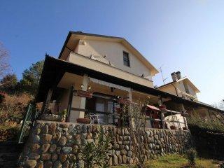 Foto 1 di Villa via ceresole, Avigliana