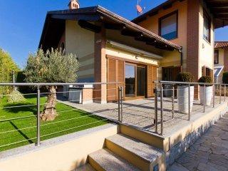 Foto 1 di Villa via Pigafetta 1, San Gillio