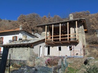Foto 1 di Casa indipendente Verrayes
