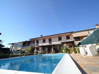 Foto 1 di Villa via Maestra 34, frazione Viotto, Scalenghe